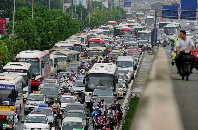 Thu Tuong Muon 'Ha Nhiet' Giao Thong Ha Noi Hinh Anh 1