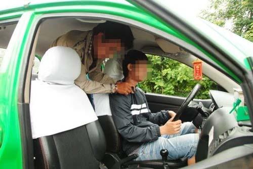 Tai xe taxi muu tri thoat khoi nhom cuop o Lam Dong hinh anh