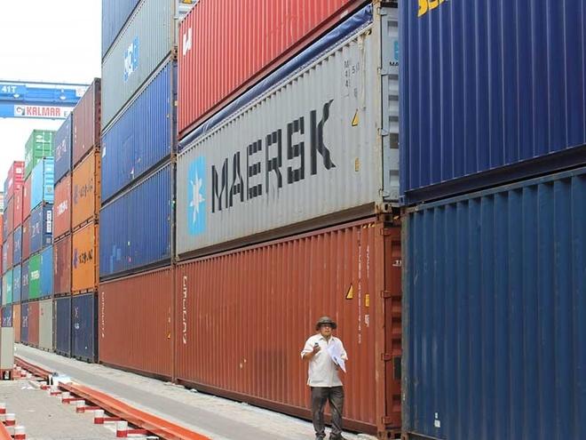 Ai lam 'bien mat' 213 container o Cat Lai? hinh anh 1