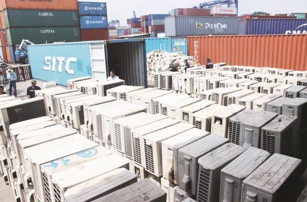 Ai lam 'bien mat' 213 container o Cat Lai? hinh anh