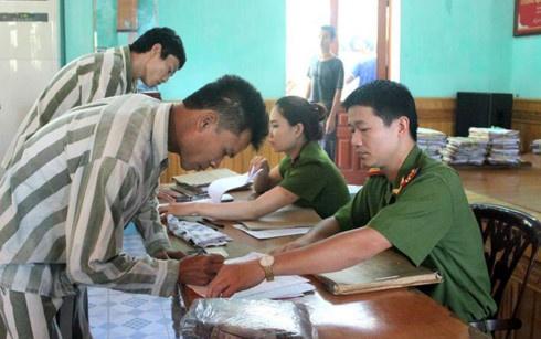 Hai Phong giam an tu cho gan 700 pham nhan dip 2/9 hinh anh