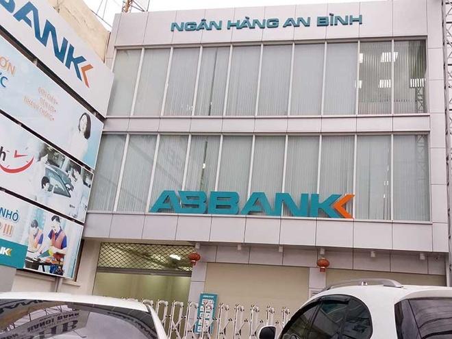 Nguyen Giam doc ABBank-Binh Duong bi bat hinh anh