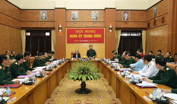 Chu tich nuoc Tran Dai Quang du Hoi nghi Quan uy Trung uong hinh anh