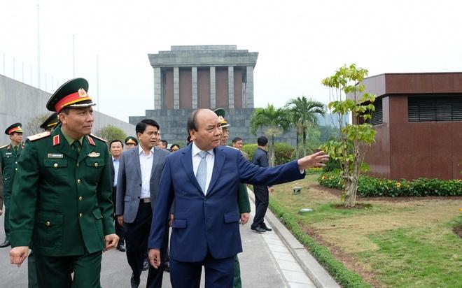 Lang Chu tich Ho Chi Minh mo cua tro lai tu ngay 5/12 hinh anh
