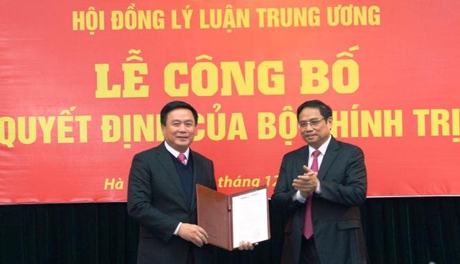 Quyet dinh cua Bo Chinh tri, Ban Bi thu ve cong tac can bo hinh anh 1