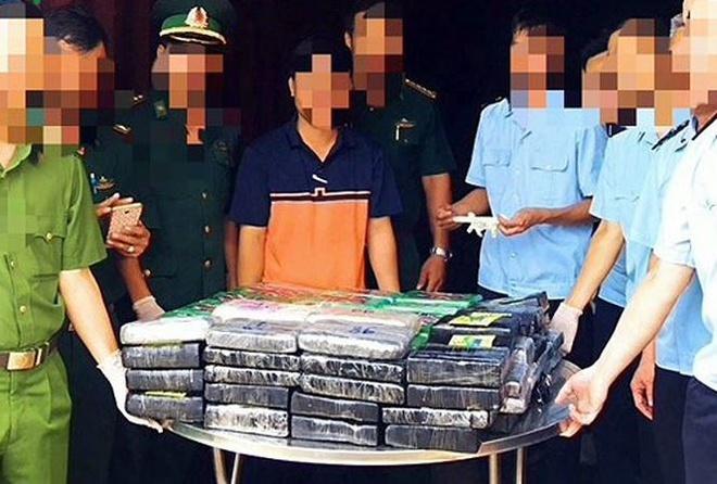 Tinh tiet moi vu 119 kg cocain tri gia 800 ty trong container phe lieu hinh anh 1