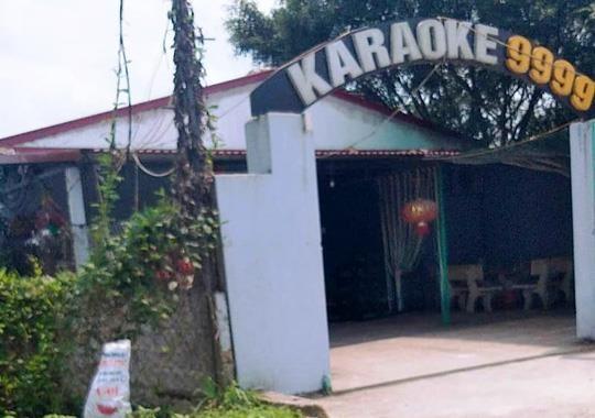 Duoi danh nhau loan xa trong quan karaoke, 1 nguoi tu vong hinh anh 1