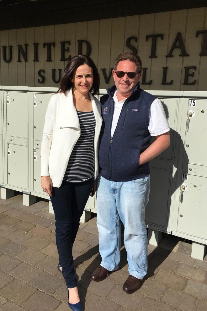 Sheryl Sandberg chia tay ban trai ty phu hinh anh 1