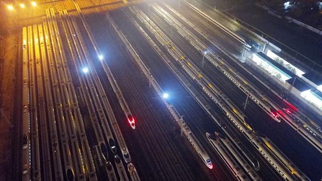 Hang tram trieu dan Trung Quoc bat dau ve que an Tet hinh anh 12 11.jpg