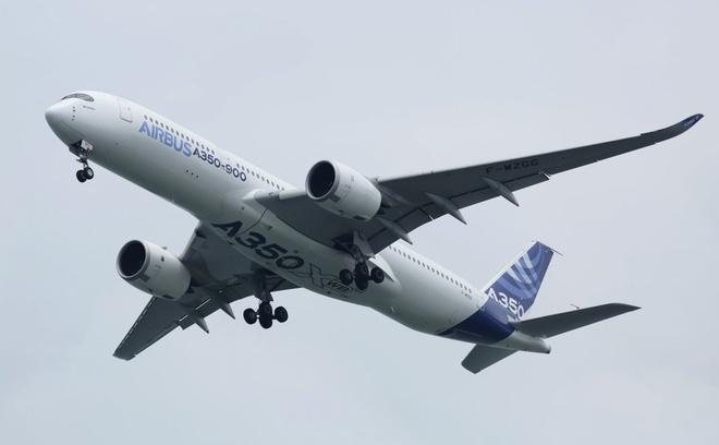 Them 2 may bay Airbus ngung dong co giua chuyen bay do rot do uong hinh anh 1 flight1.jpg