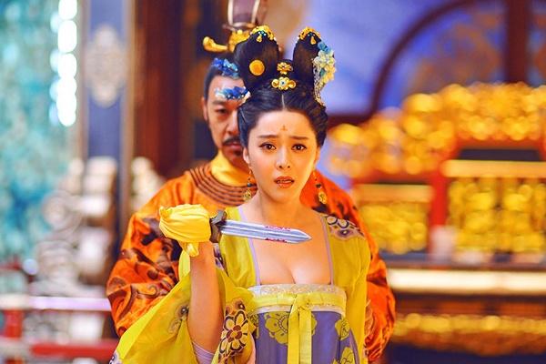 Vo Tac Thien Pham Bang Bang tay tran do dao cho vua hinh anh