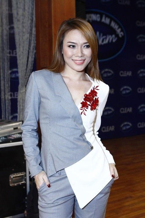 My Tam: 'Khong hua se ngoi ghe nong Idol nam sau' hinh anh 1 Ca sĩ Mỹ Tâm với phong cách ăn mặc cực kỳ cá tính