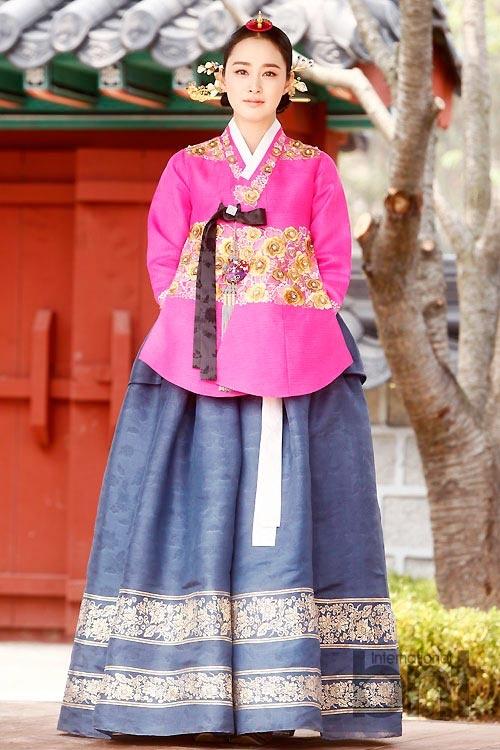 Dien vien 'Nac thang len thien duong' ngay ay - bay gio hinh anh 11 Kim Tae Hee với vai diễn Jang Ok Jung trong bộ phim cùng tên.