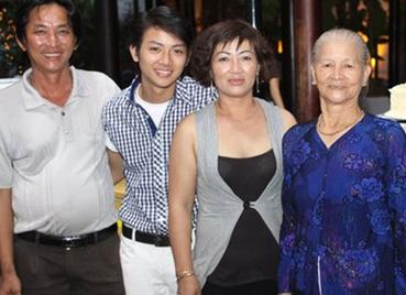 Me Hoai Lam ke co duyen con trai duoc Hoai Linh nhan nuoi hinh anh