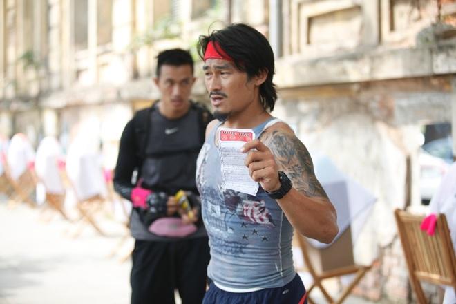 Trang Tran vap sai lam vi qua tu tin la nguoi Ha Noi hinh anh 3 Một Long Điền nóng tính nhưng rất nhanh trí và khéo léo ở tập 3.