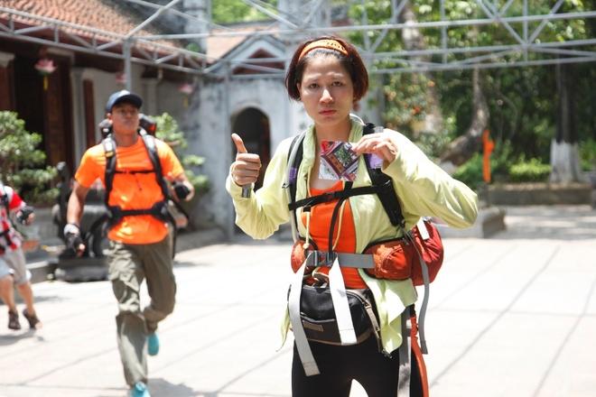 Trang Tran vap sai lam vi qua tu tin la nguoi Ha Noi hinh anh 2 Trang Trần của Cuộc đua kỳ thú là một cô gái vui tính, mạnh mẽ, hòa đồng và biết điều. Ở nhiệm vụ cạo bóng, cô đã khiến người xem bật cười với câu nói