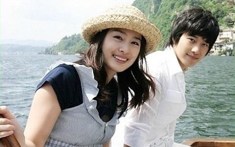 Em trai Kim Tae Hee khong thoai mai voi Rain hinh anh