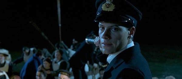 Dan sao Titanic gio di dau, ve dau? hinh anh 26 Ioan Gruffudd trong vai nhân viên tàu - Harold Lowe.