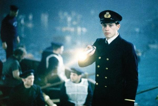 Dan sao Titanic gio di dau, ve dau? hinh anh 28  Chuyện ít biết: Sau khi tàu Titanic chìm, Harold Lowe là người duy nhất cho tàu cứu hộ quay lại và cứu thêm một số người nữa.