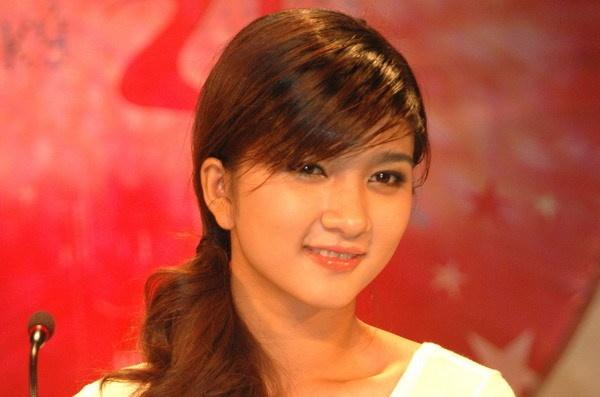 """Hanh trinh thay doi nhan sac cua Kim Tuyen hinh anh 1 Kim Tuyến được mọi người biết đến từ cuộc thi """"Phụ nữ thế kỷ 21"""" tổ chức năm 2006, khi đó cô mới 19 tuổi."""