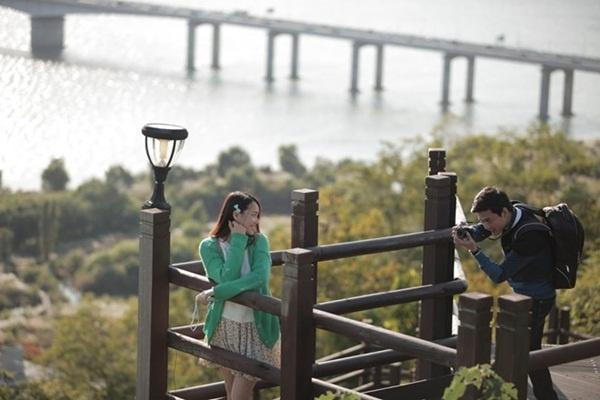 Khoanh khac ngot ngao cua Nha Phuong va Hong Dang tren phim hinh anh 8