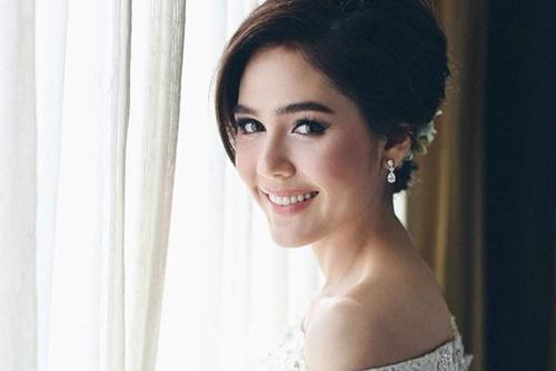 Le an hoi xa hoa cua sao Thai Lan hinh anh