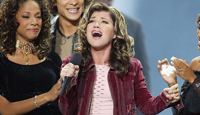 5 nguoi huong loi nhieu nhat tu American Idol hinh anh