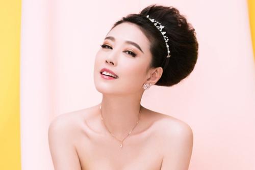 U50 Chau Hai My bi che photoshop qua da trong bo anh moi hinh anh