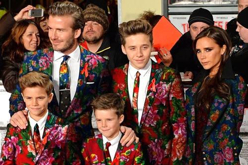 Gia dinh Beckham bi che mac 'chan con cong' hinh anh