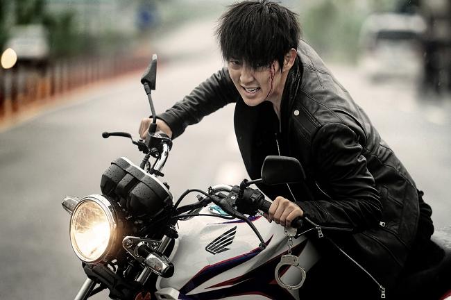 10 dieu thu vi ve 'Thu sinh bong dem' Lee Jun Ki hinh anh 2