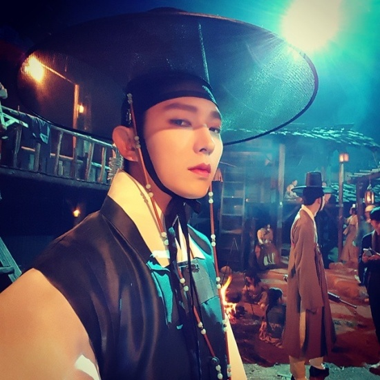 10 dieu thu vi ve 'Thu sinh bong dem' Lee Jun Ki hinh anh 8