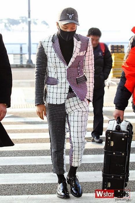 8 bo suit mau me cua sao than tuong Han hinh anh 7