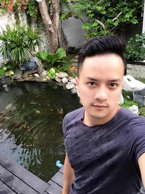 Cao Thai Son: 'Voi toi, Son Tung van la mot cau be' hinh anh 1