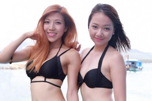 Hai Bang - Trang Phap khoe dang voi bikini o Cuoc dua ky thu hinh anh