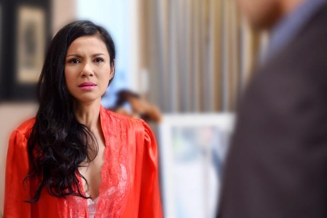 Viet Trinh bi nguoi mau Duc Hai phu tinh trong phim hinh anh 3