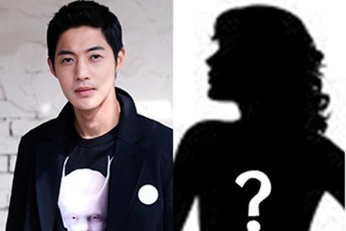 Kim Hyun Joong hop bao khan vi con roi hinh anh