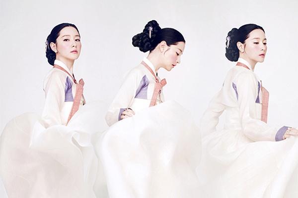 My nhan Han quyen ru voi hanbok mua Trung thu hinh anh