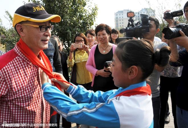 Luc Tieu Linh Dong mua gay cho hoc sinh tieu hoc hinh anh 5