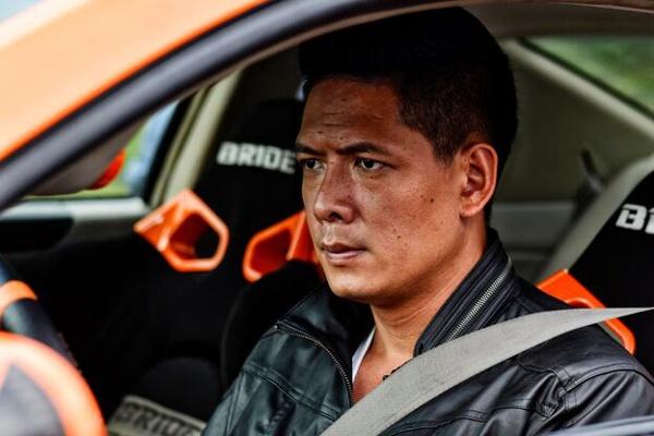 Binh Minh - Hieu Hien doi dau trong phim hai - hanh dong Tet hinh anh