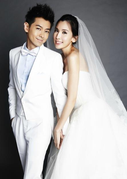 Lam Chi Dinh - 'cau be' tuoi 40 hinh anh 3 Chí Dĩnh và vợ hiện tại.