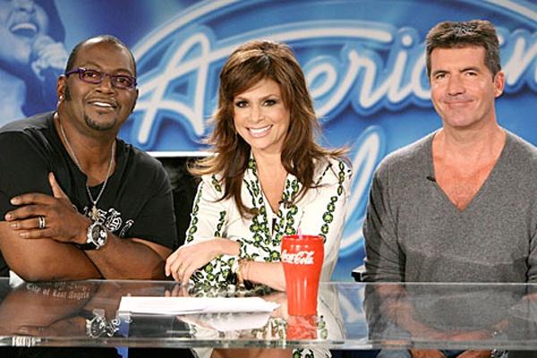 Giam khao cu - moi hoi tu American Idol mua cuoi hinh anh