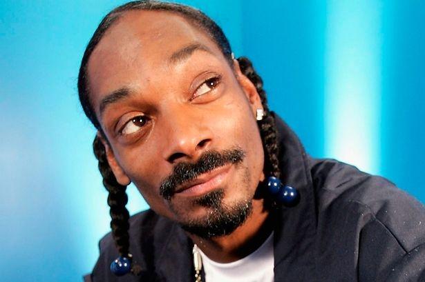 Snoop Dogg phat 1.500 con ga tay nhan ngay Le Ta on hinh anh
