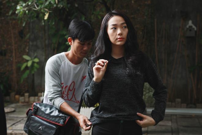 Minh Hang dien nhieu canh man nong trong phim moi hinh anh 6