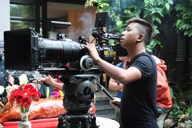 Minh Hang dien nhieu canh man nong trong phim moi hinh anh 5