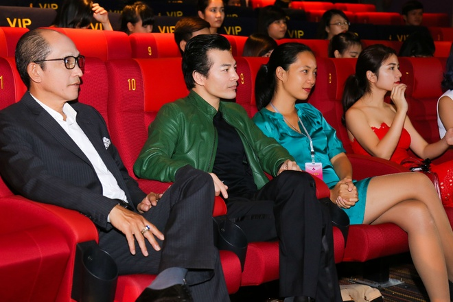Tran Bao Son - Thuy Anh gap go khan gia truoc them LHP hinh anh 3