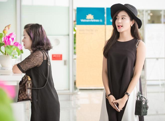 A hau Huyen My sang Myanmar ra mat phim hinh anh 4 Chia sẻ về dự án phim, Huyền My cho biết cô nhận lời tham gia vì thấy nhân vật có nhiều điểm hợp với tính cách hồn nhiên, dễ thương của cô.