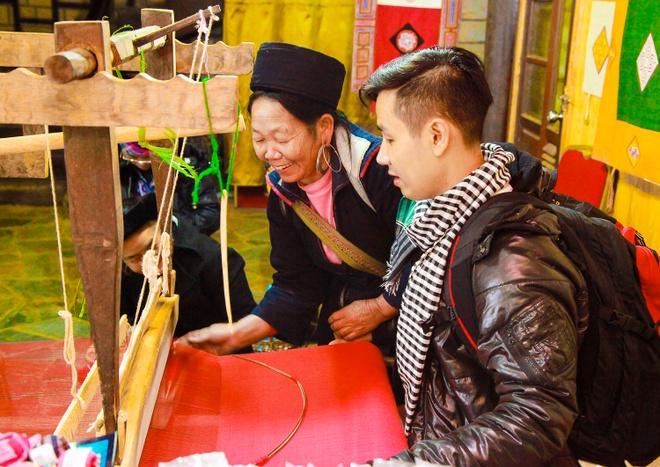 Nguyen Khang quang ba du lich Sapa hinh anh 3