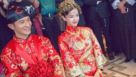Chuyen tinh dinh dam cua showbiz Hoa ngu 2015 hinh anh