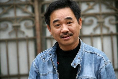 'Ngoc Hoang' Quoc Khanh thay minh ra dang nguoi cha hinh anh 2