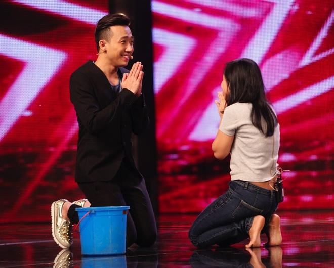 Tran Thanh khoc - cuoi tren san khau Vietnam's Got Talent hinh anh 7